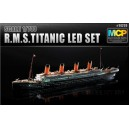 Kорабль R.M.S. TITANIC + LED SET