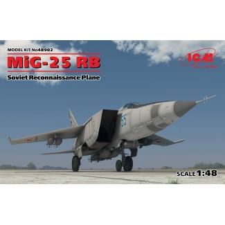 Истребитель МиГ-25 РБ