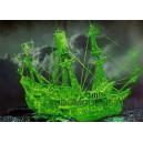 Светящийся пиратский корабль